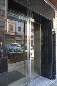 Reforma de portal en Las Arenas, Getxo